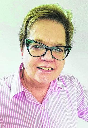 Christine Carroll : Reporter