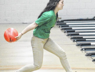 Local roundup: RSHS bowling, middle school hoops recaps