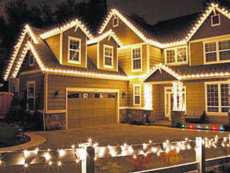 Daily Journal to hold Christmas light contest