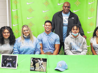 Richmond's Hood announces he will enroll early at UNC