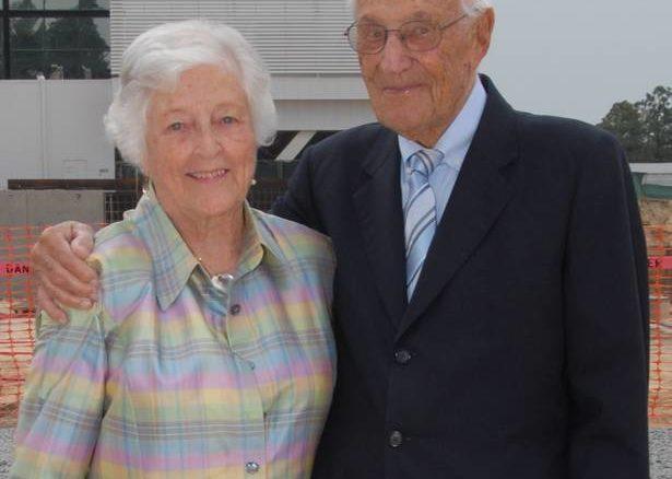 Betty Reid and Walter Reid at the Heart & Vascular Institute Groundbreaking held on July 8, 2009