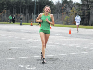 Roundup: XC places 2nd in season's first meet